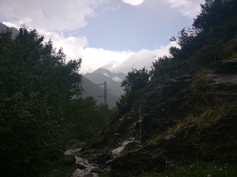 Hiking in the rain near the village Boí